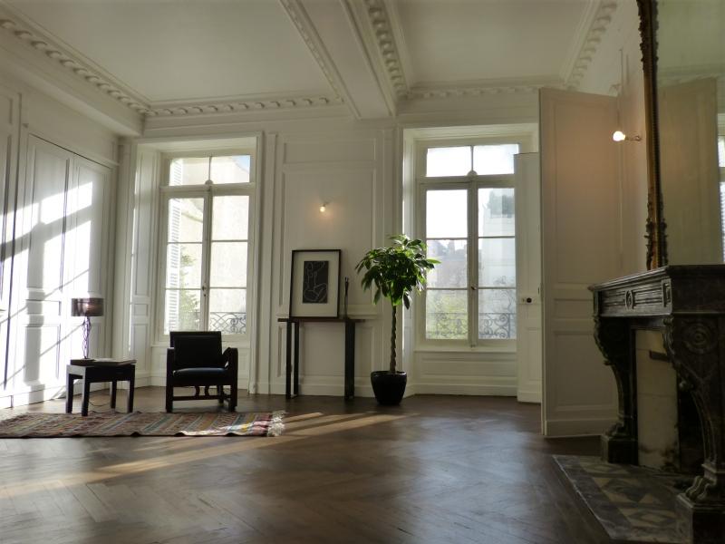 Appartement d but xxe si cle chic et sobre rouen 76 le for Interieur haussmannien
